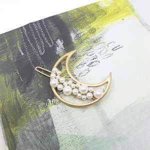 Faux Pearl-Embellished Moon Hair Clip